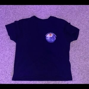 cropped navy blue graphic tee in great condition